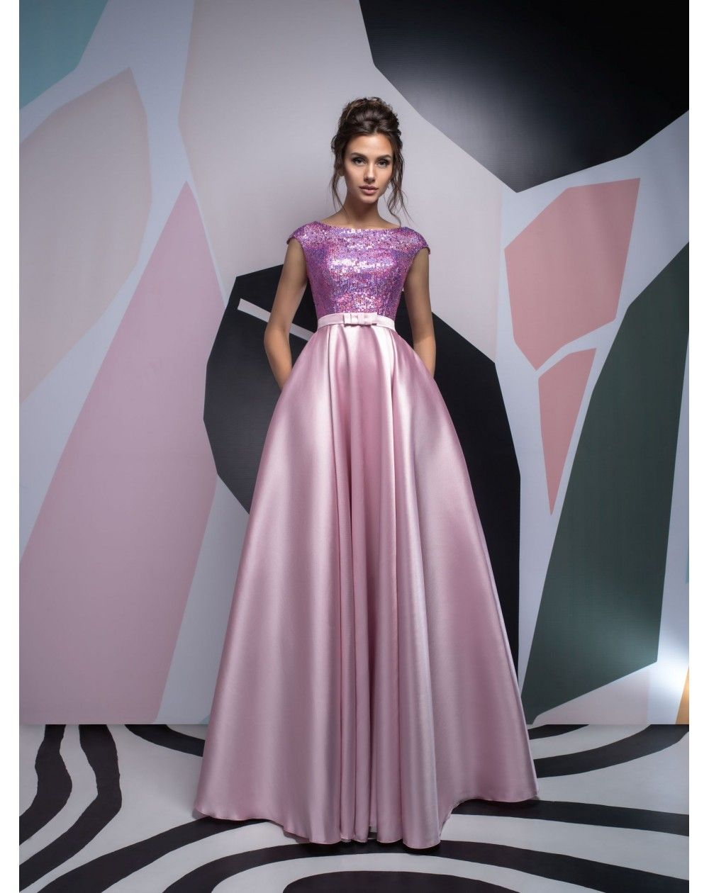 Dlhé luxusné saténové spoločenské šaty s flitrami Isabel vhodné na ples aff0705a912