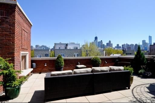 1325 N Mohawk St Chicago Il 60610 5 Beds 4 5 Baths Red Brick