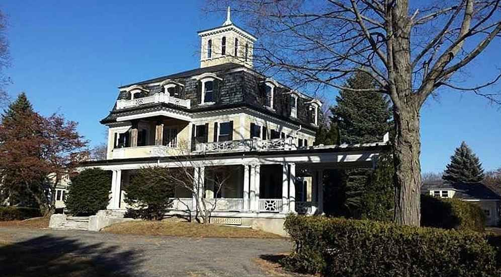 The 1871 Thomas Goodall Mansion In Center Of Sanford Maine Is A Fine Example Large Transitional French Second Empire Style House With 6120 Sq