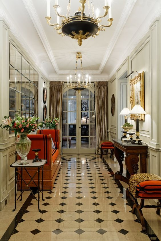Neoclassical Foyer In Paris Olivier Berni Interieurs French Interior Design French Interior French Decor