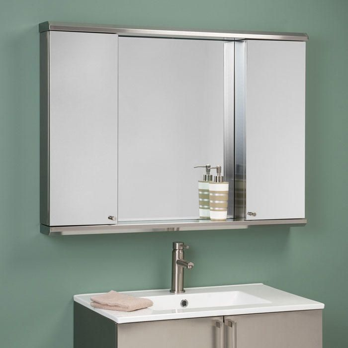 Pin By Nara Ayrapetyan On Banheiros In 2021 Medicine Cabinet Mirror Large Medicine Cabinet Home Depot Bathroom