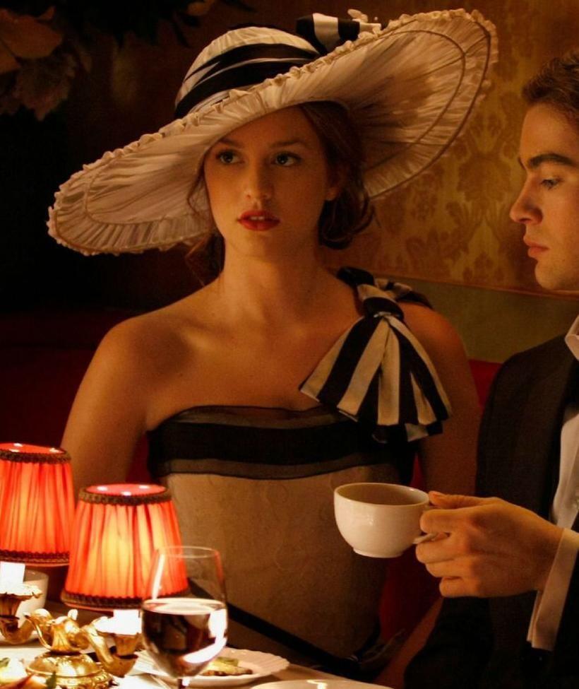 Blair waldorf gossip girl black and white dress with matching hat