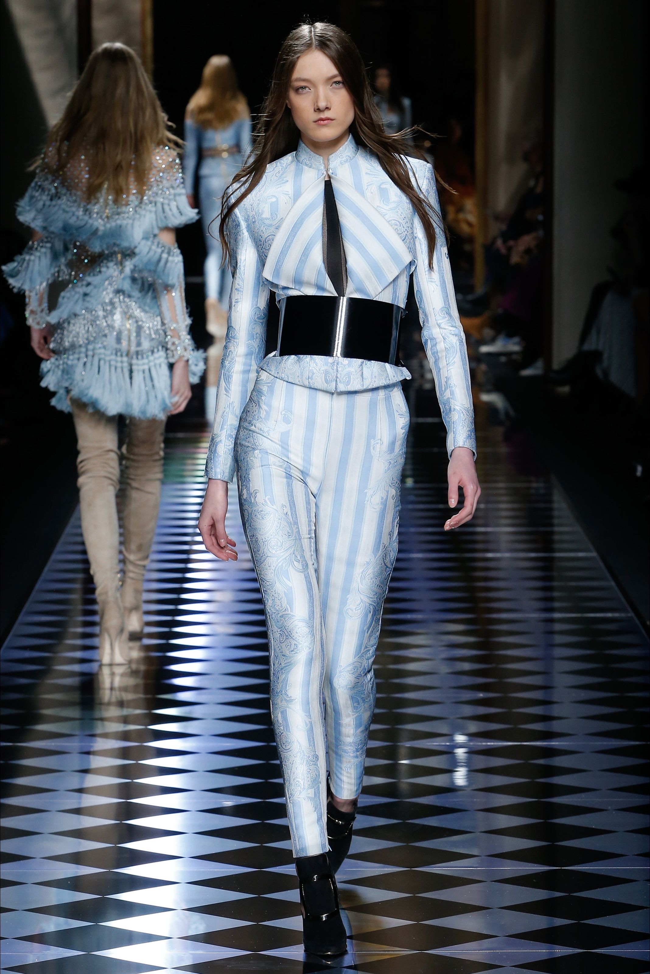 Balmain Parigi - Collections Fall Winter 2016-17 - Shows - Vogue.it