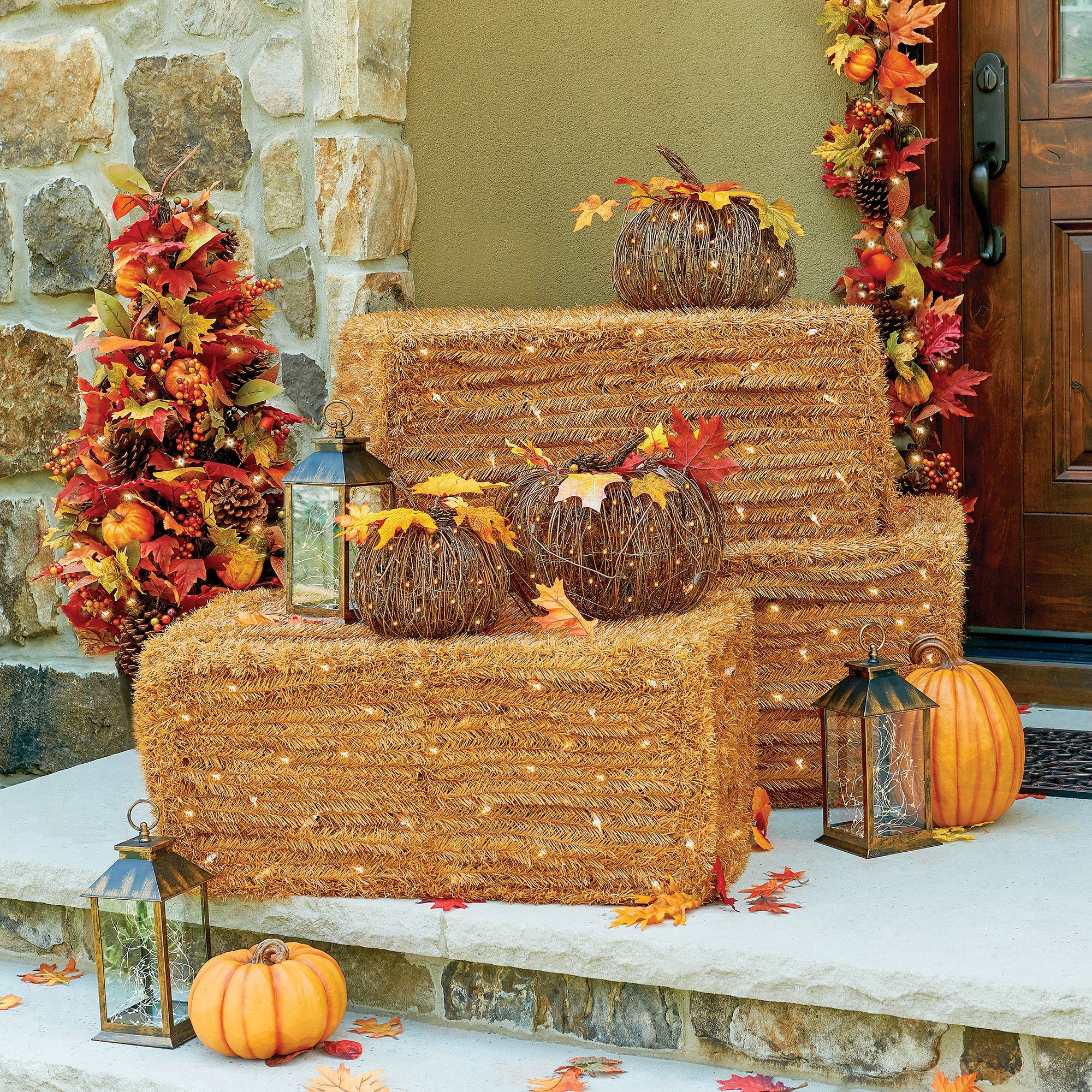 Pre Wedding Outdoor Ideas: Lighted Faux Hay Bails Add Country Charm To Any Entryway