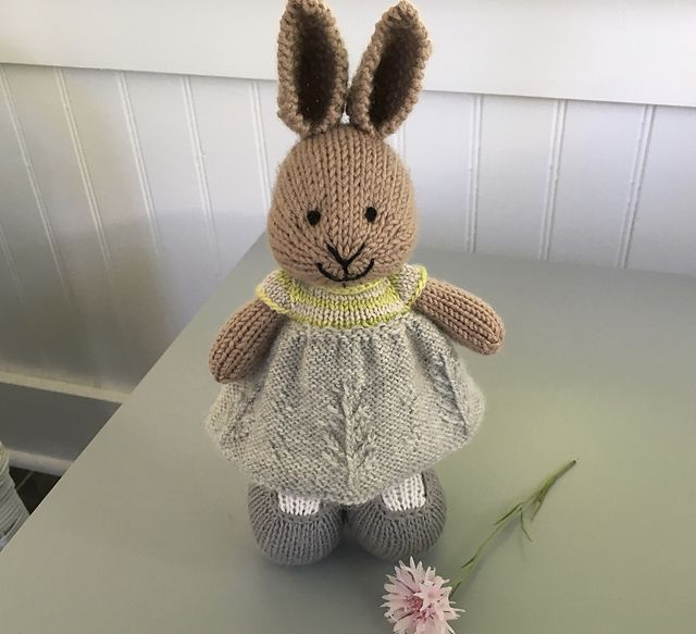 This pattern is written in English only. | Little cotton rabbit and ...