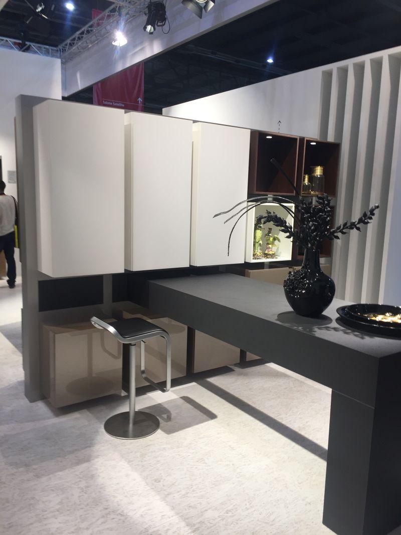 k che insel tisch mit st hlen st hle modern pinterest insel tisch k che insel und stuhl. Black Bedroom Furniture Sets. Home Design Ideas