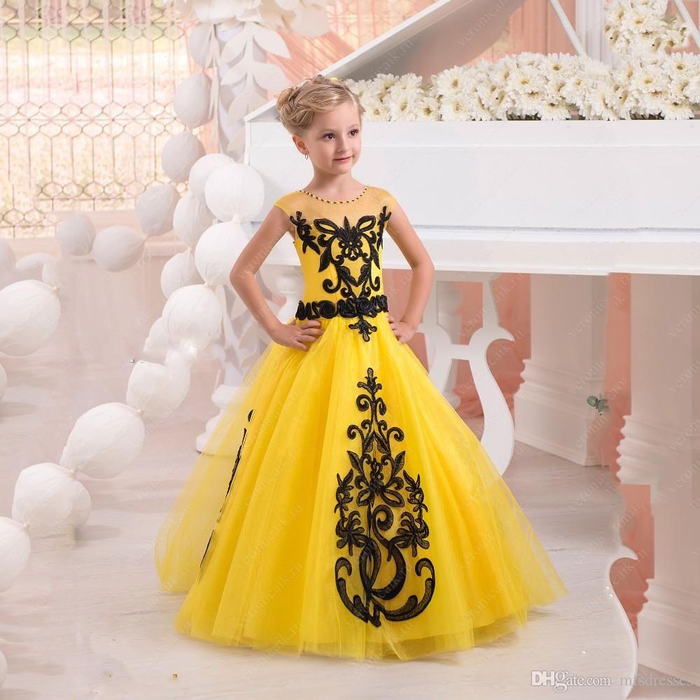 New Pretty Black Lace Appliques Yellow Princess Flower Girl Dresses Floor Length Girl Birthday Formal Party Dress Girls Pageant Dresses From Mfsdresses 83 84 Platya Dlya Konkursa Krasoty Devushka V Plate [ 1000 x 1000 Pixel ]