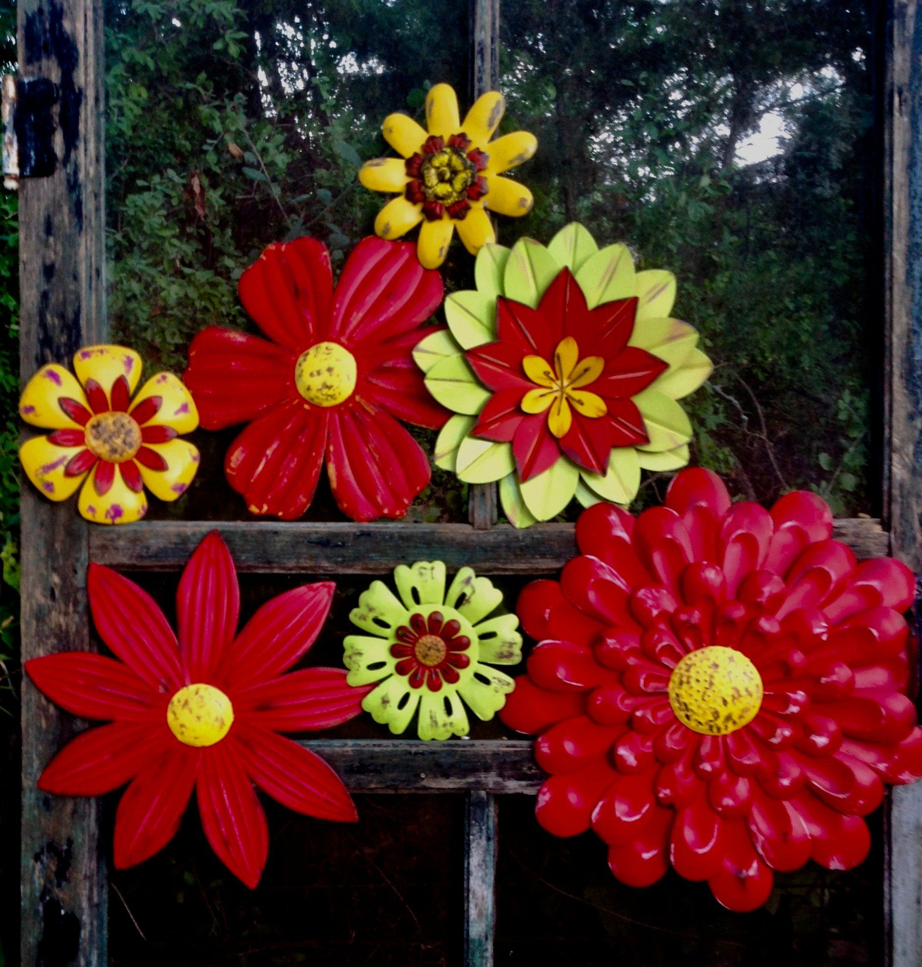 Red Metal Flower Fence/Wall Art 'Hello Summer' Set   Etsy ...