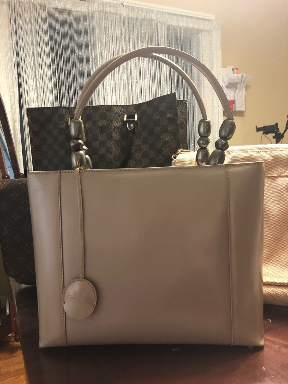 Authentic Preloved Beautiful Christian Dior Handbag Medium Size Handbag And You Can Add A Sling Christian Dior Handbags Tote Bag Louis Vuitton Bag Neverfull
