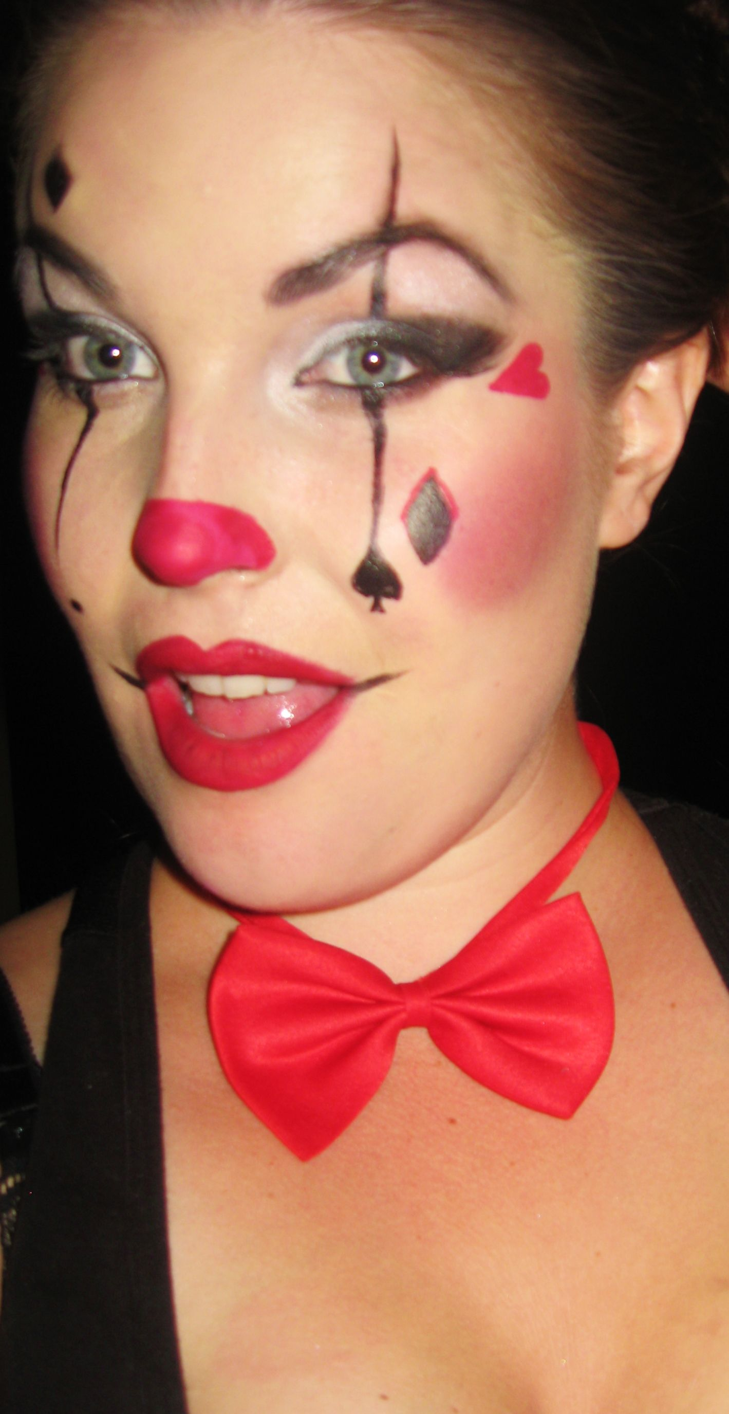 sexy clown makeup fun halloween makeup idea pretty and clowny and fun wwwfacebook - Fun Makeup Ideas For Halloween