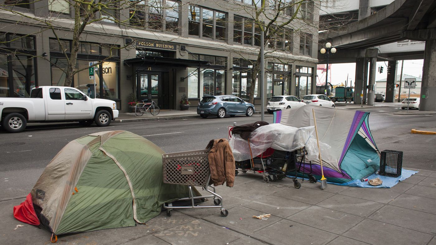 Amid Seattle S Affluence Homelessness Also Flourishes Homeless Homeless People City Shoot