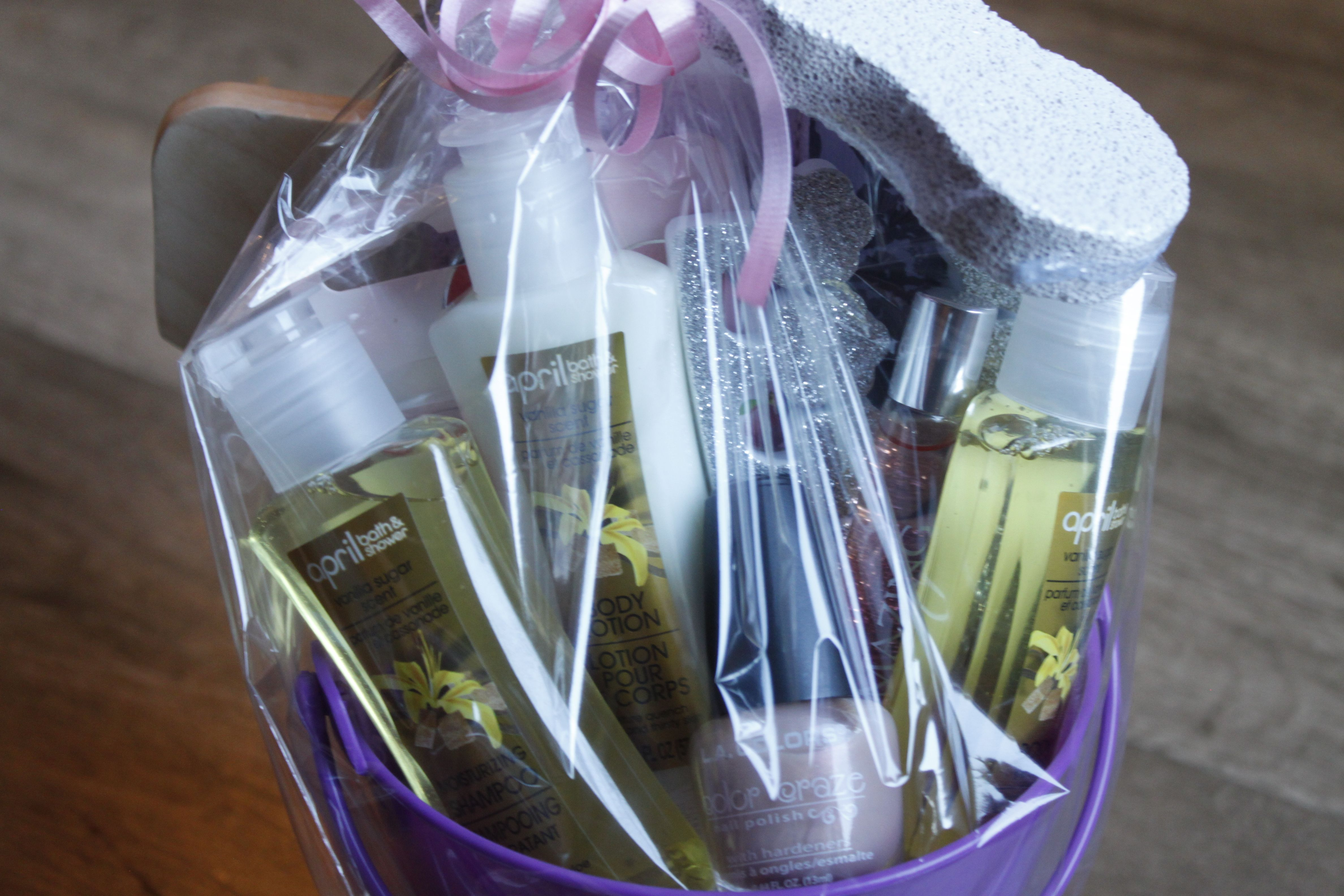 """This """"pamper yourself"""" gift basket is full of goodies to help your child's teacher look good, feel relaxed & smell delicious. Learn how to make your own for ..."""