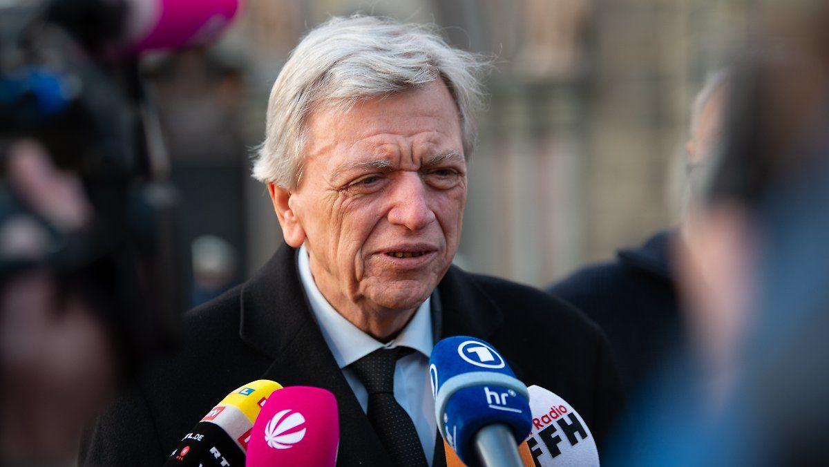 Bouffier Besucht Tatort In Volkmarsen Rosenmontag Tatort Und