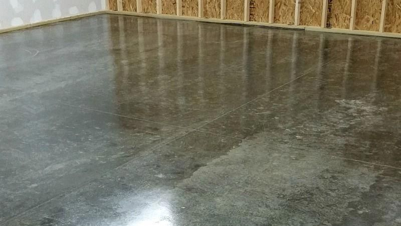 We Review This New Polyurethane Garage Floor Sealer That Provides