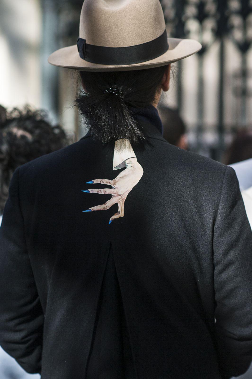 PFW spring summer 2016 / Paris |Julien Boudet | http://bleumode.com | #undercover #pfw #ss16 #detail #print #hat #jacketdetail #backdetail #menswear #streetstyle #streetfashion #bleumode