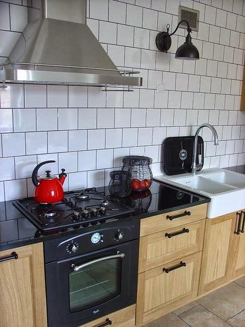 Oak Kitchen Black Countertop Ikea Exhaust Hood Datid