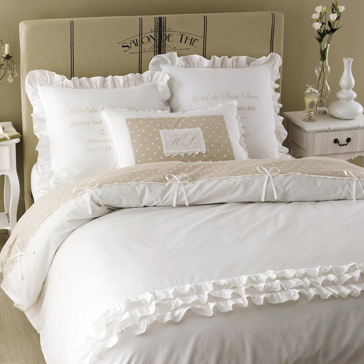 parure de lit en coton blanche 220x240 home parure de. Black Bedroom Furniture Sets. Home Design Ideas