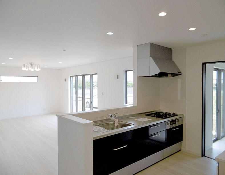 キッチン シエラ 2550 オールスライド ディープグレー アイフルホーム 住宅建築 住宅