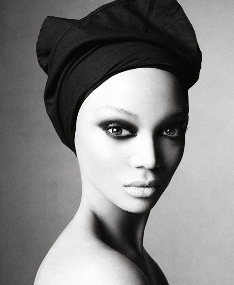 Tyra Banks Black And White: Pin By Naturally Skin Deep On Made Up In 2019