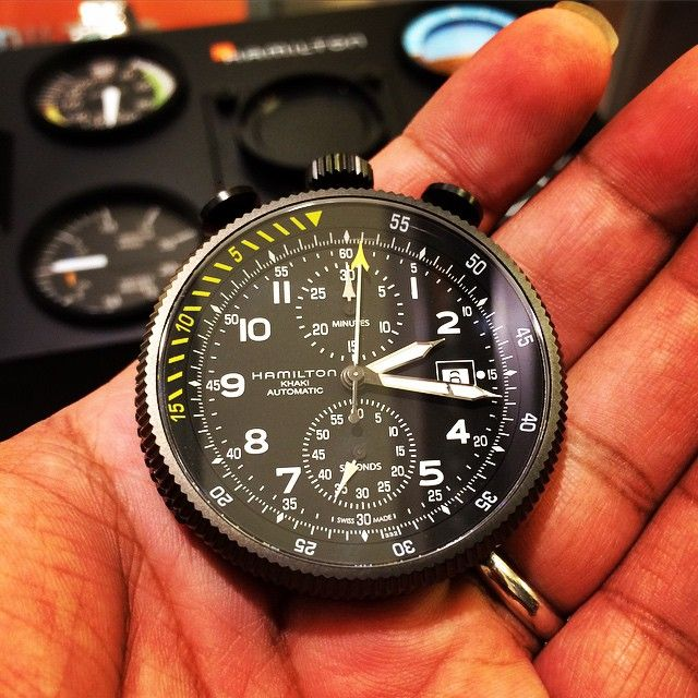 The watch case can be taken out of the display console and used as a stopwatch. It's quite chunky, made of steel/PVD and is 16.2mm tall. ETA automatic movement. by maxtor71 from Instagram...