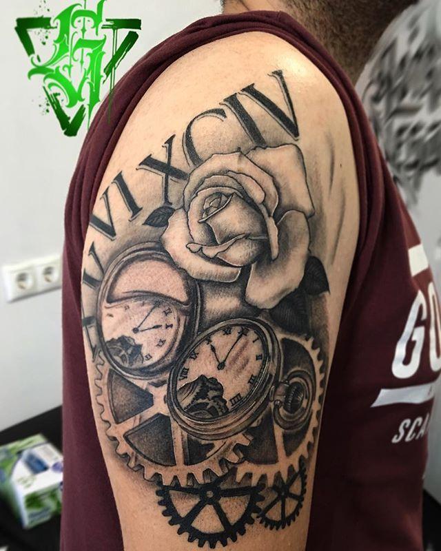 Tatuajes Alcorcon aprovecha tu tiempo. #astrovega #astrovegatattooer