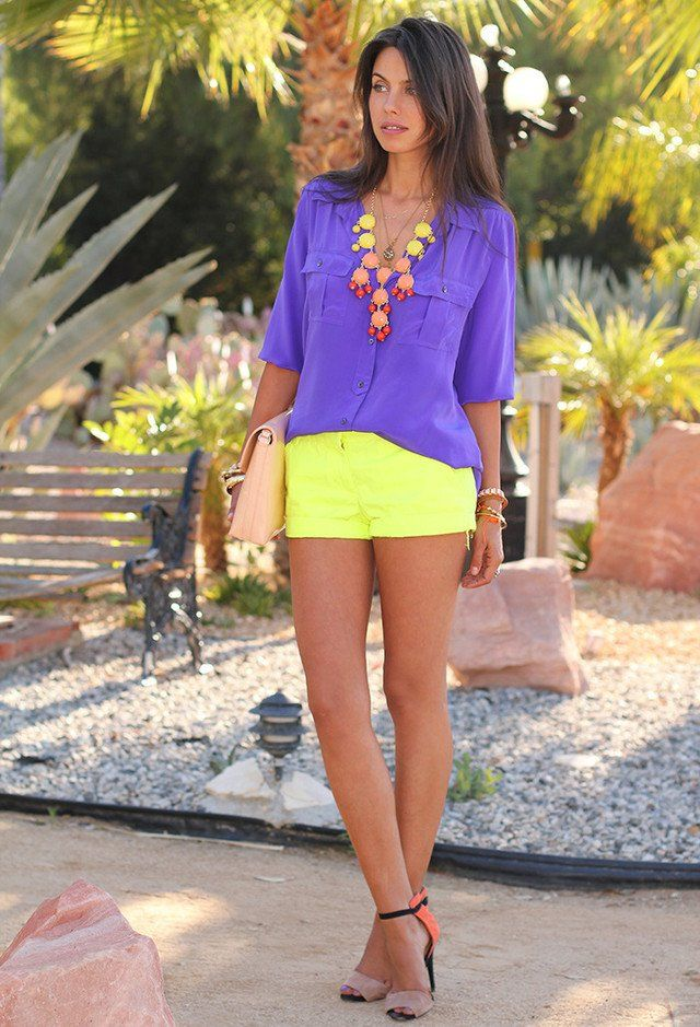 17 Chic Summer Outfit Ideas In Bright Colors Pretty Designs Fashion Chic Summer Outfits Cool Summer Outfits