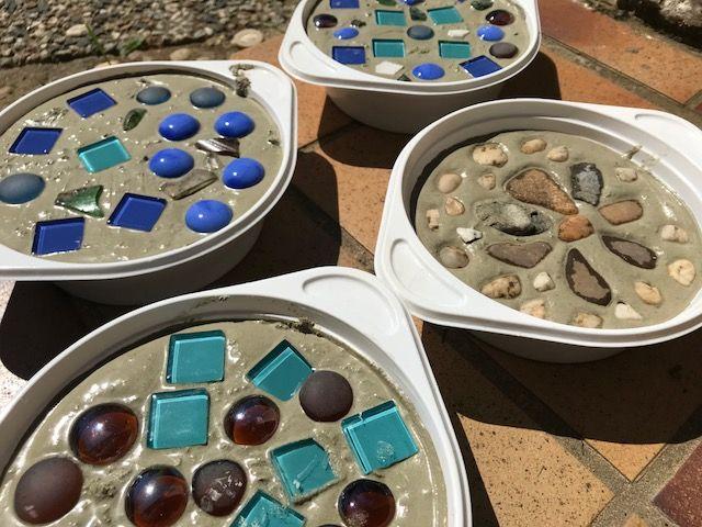 Kugelfisch-Blog - Der Mamablog aus dem Rheinland: DIY: Trittsteine aus Beton für den Garten