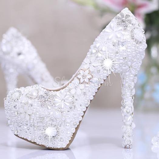 Luxurious Diamond Flowers White Pearl Closed Toe Stiletto Heel Wedding Shoes Wedding Shoes Wedding Shoes Heels Wedding Heels