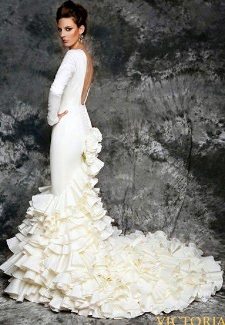 novias de aires flamencos | looks | boda estilo flamenco, trajes de