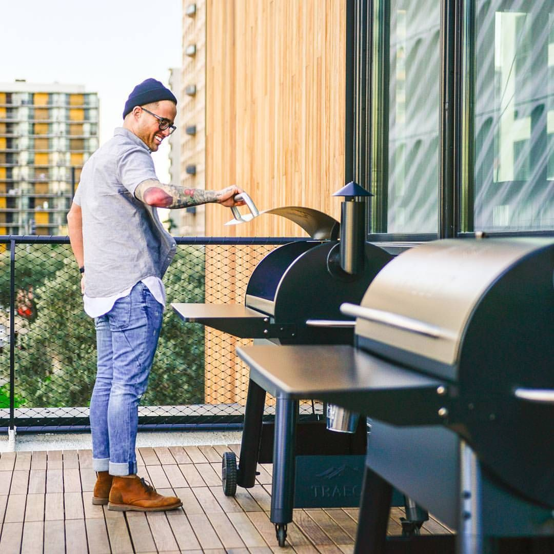 how to clean traeger grill after cooking