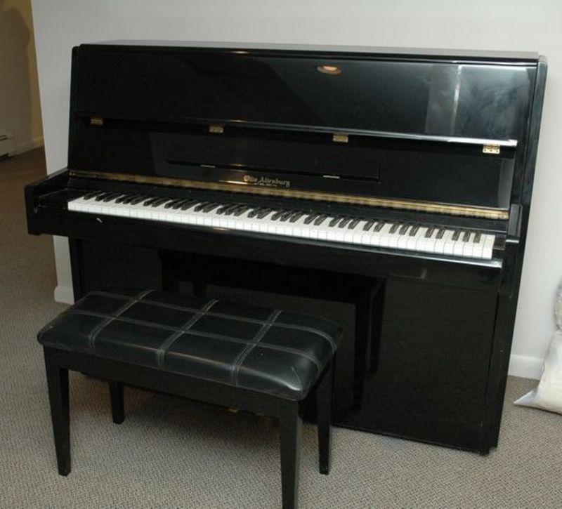 Otto Altenburg Upright Black Lacquer Oa 46h Piano And
