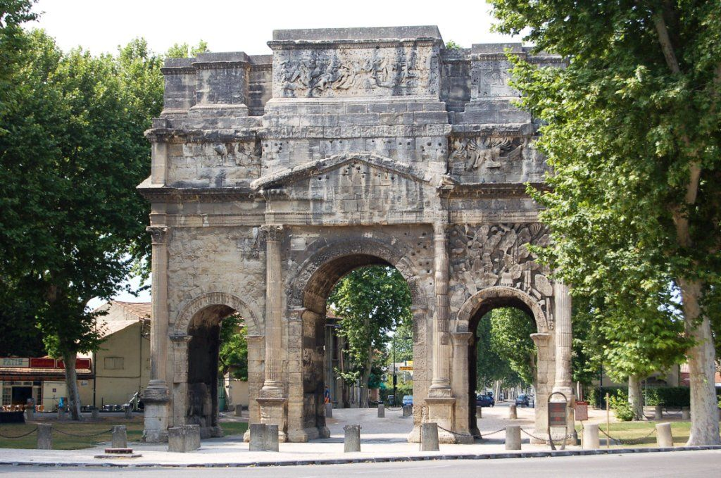 Orange Provence The Arc Of Triumph With Images Languedoc Provence Roman Architecture