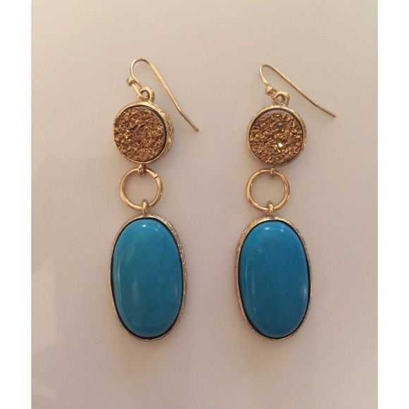 Gold & blue stone statement earrings Gold & blue stone statement earrings. Never been worn and in perfect condition! Love the bright blue color that can add a little pop to an outfit☺️ Jewelry Earrings