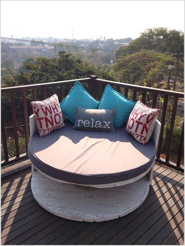 10 Wonderful Outdoor Chairs You Can DIY