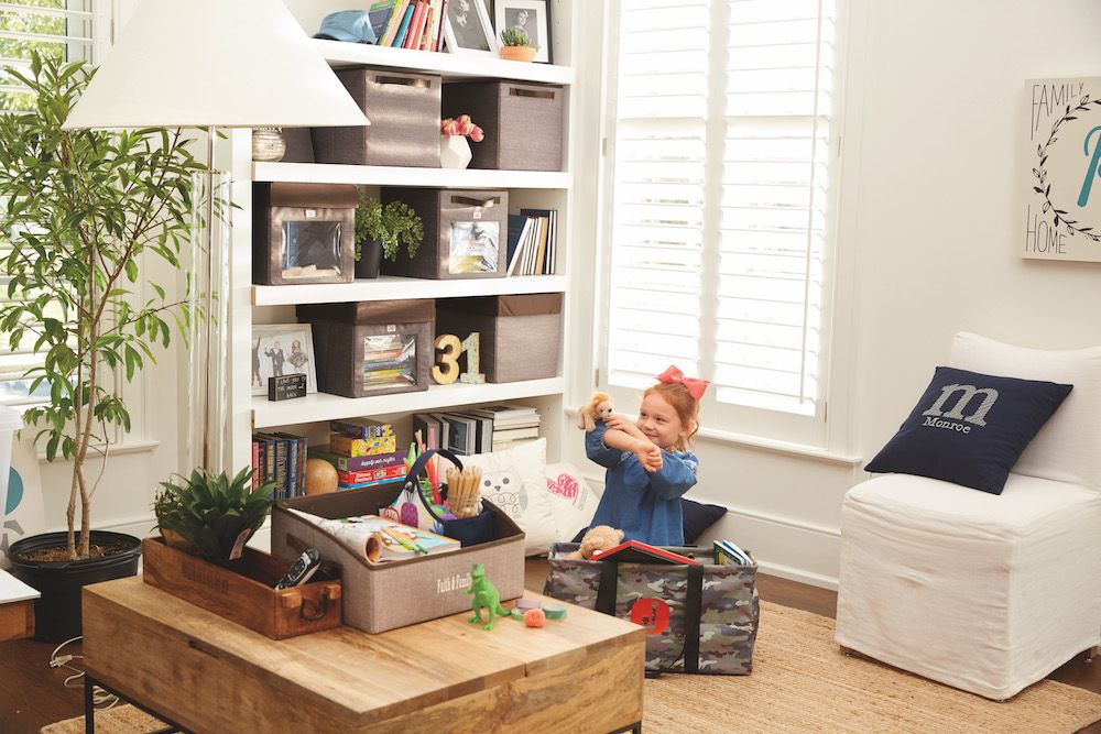 Organize you Family Room with Thirty-One | Living room ...