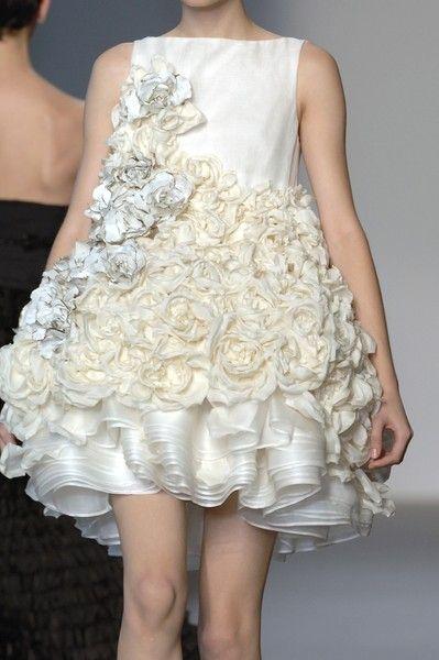 Tiered ripples and romantic roses; beautiful fashion details // Giambattista Valli