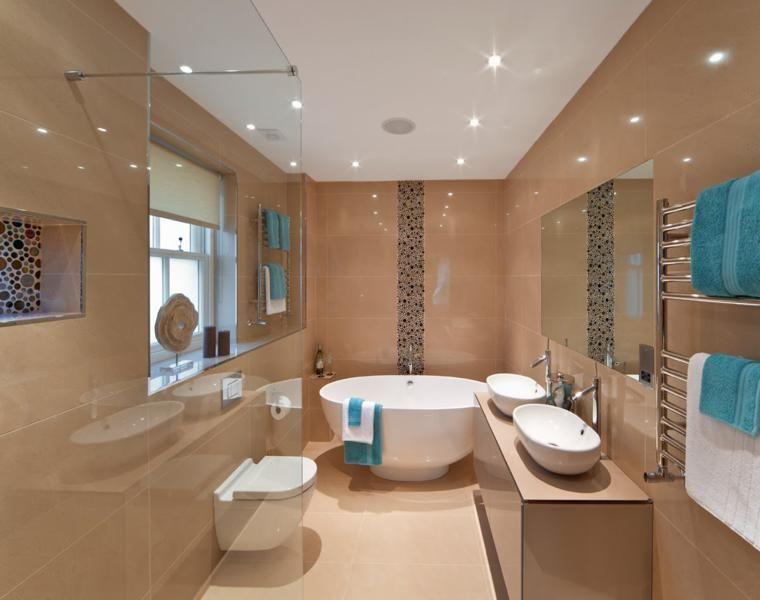 Badezimmerfotos - 40 inspirierende Ideen für das Interieur ...