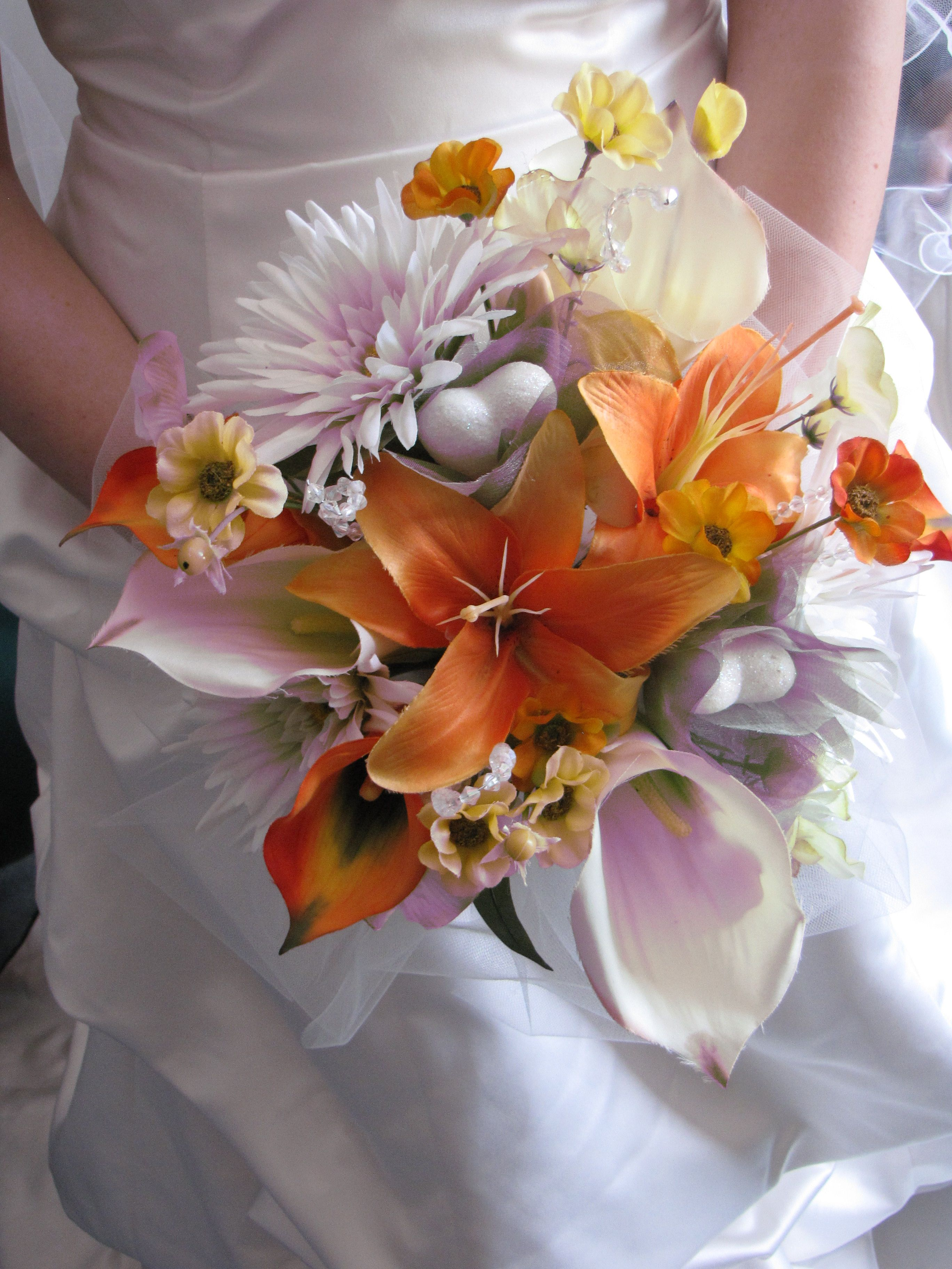 Make Silk Flowers Look Real For A Wedding Bouquet Use Tulle