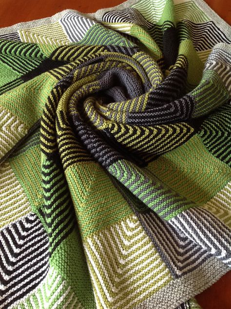 Hue Shift Afghan pattern by Kerin Dimeler-Laurence   Quadrate ...