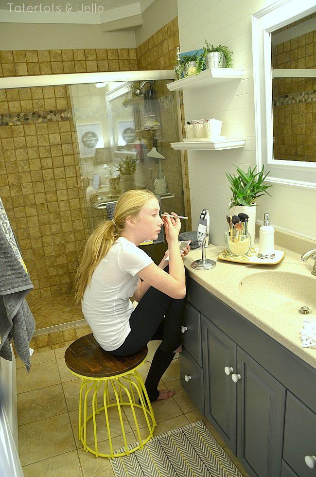 Ordinaire Makeup Station In Tween Bathroom Redo