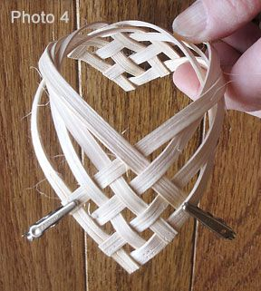 A woven heart pattern basket weaving and pattern for Paper basket weaving template