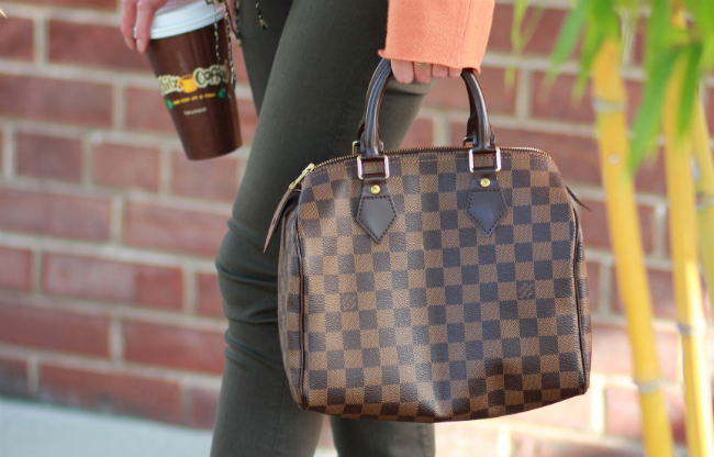0b867072 A classic. Louis Vuitton damier speedy 25.   Bag Love.   Louis ...