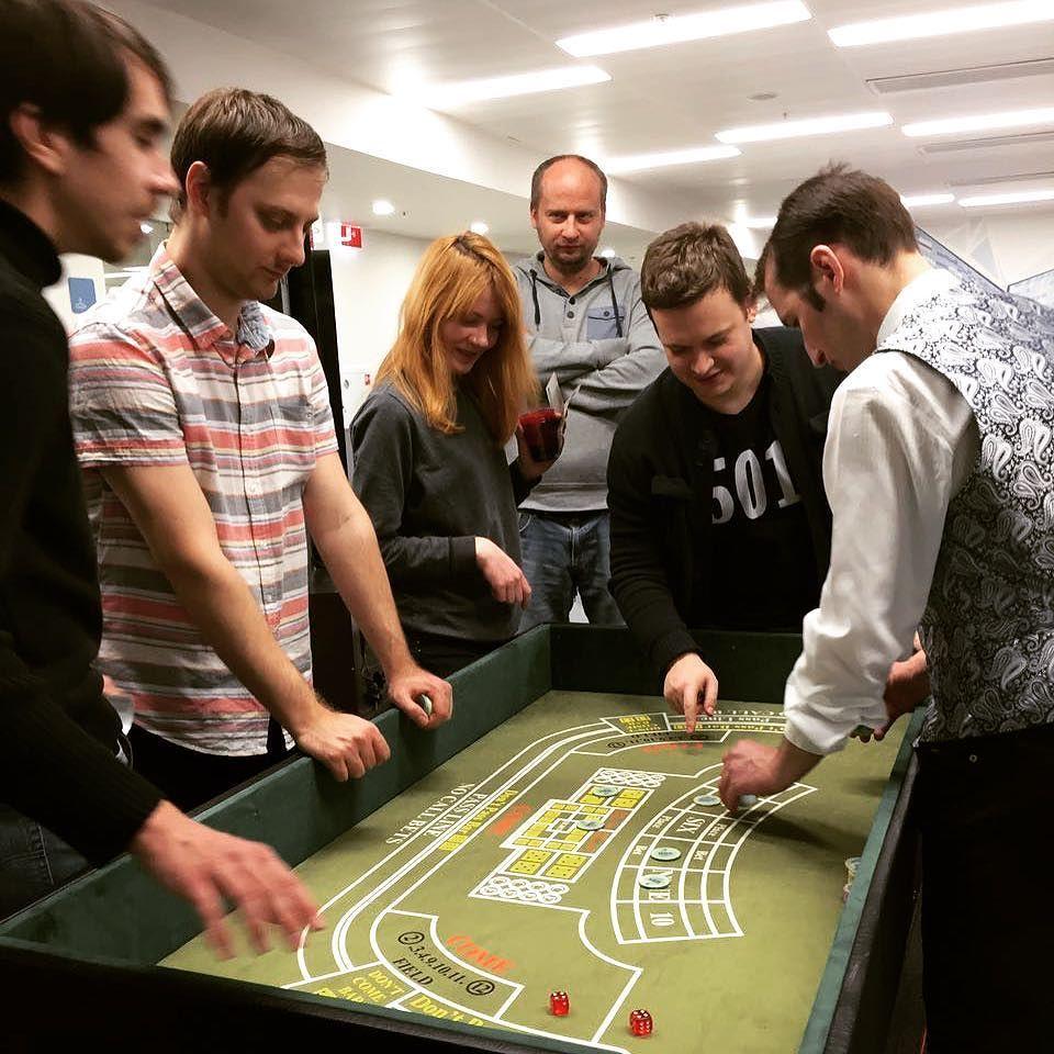 Крепс в московских казино игровые автоматы рельсовый шутер