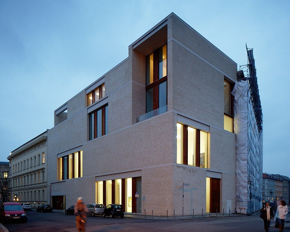 gallery building 39 am kupfergraben 10 39 in berlin david chipperfield artchist blog pinterest. Black Bedroom Furniture Sets. Home Design Ideas