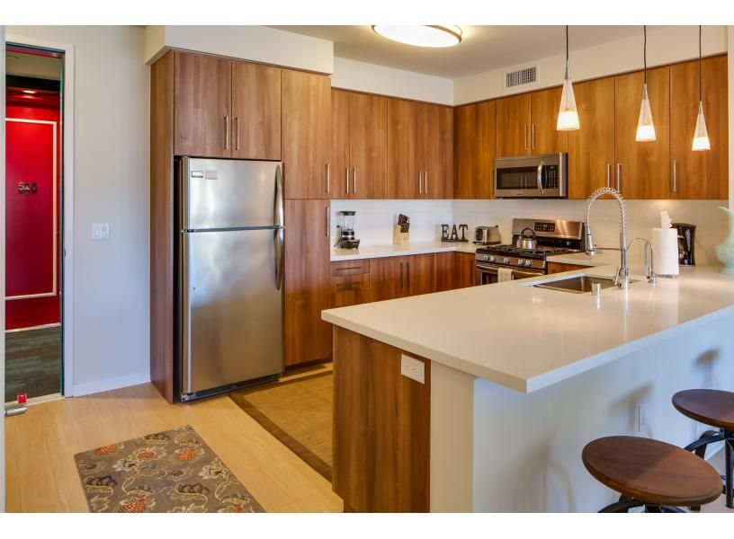 Kettner Boulevard Apartment In San Diego By Stay Alfred Vacation Rentals Looking For Apartments Houston Apartment Trending Decor