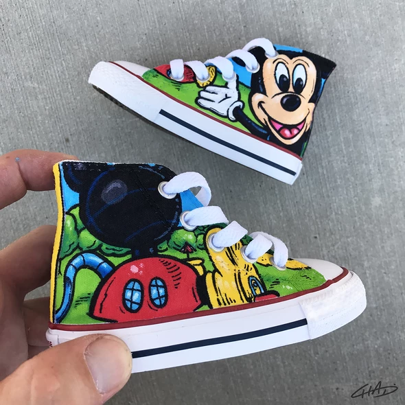 Mickey Mouse Clubhouse Custom Hand