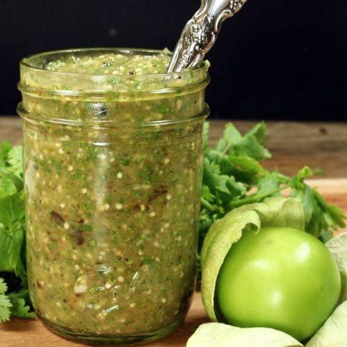 Super Easy Salsa Verde http://ift.tt/2oQKhaE
