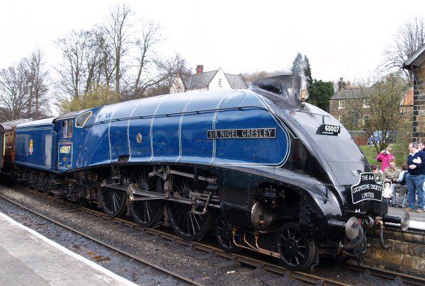 RAILWAY PRINTS 60007 SIR NIGEL GRESLEY FRAMED