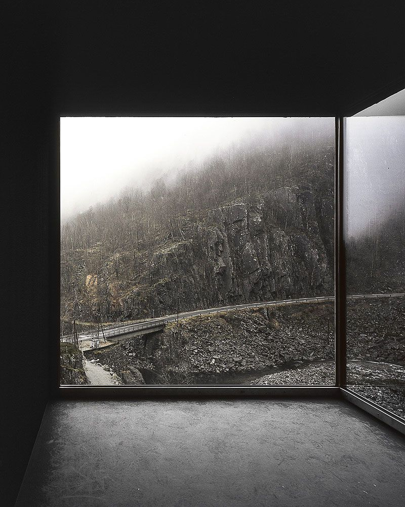 Peter Zumthor, Zinc Mine Museum Window (mit Bildern