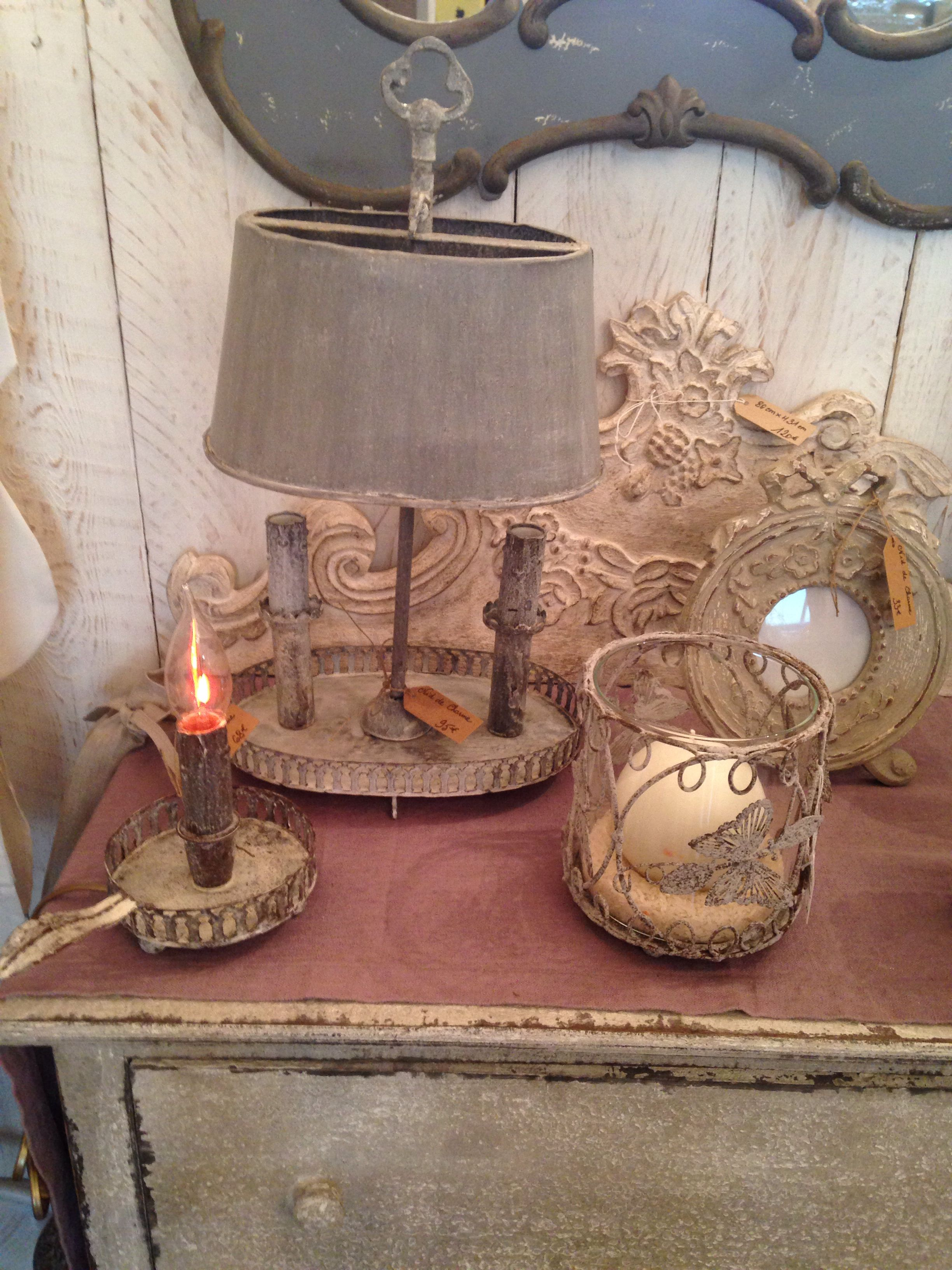 Lampes et fronton Coquecigrues | #niddecharme#78 | Pinterest